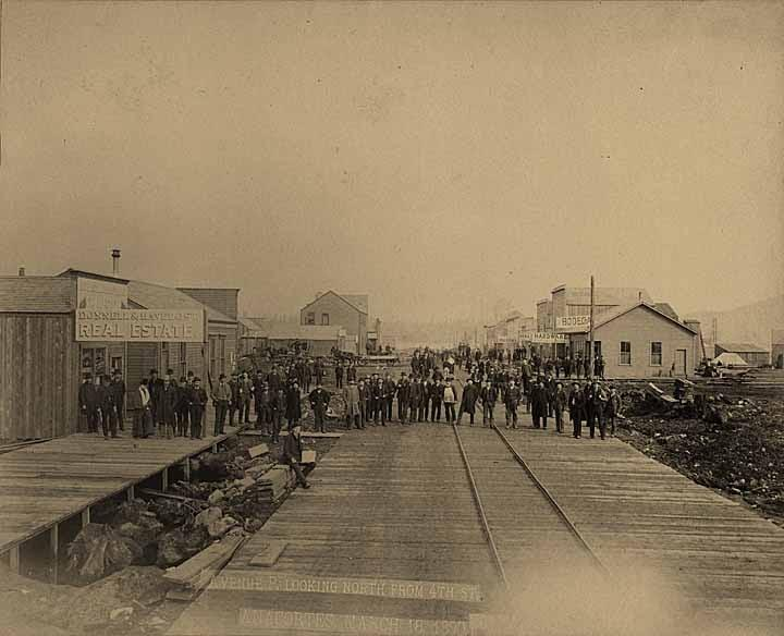 Commercial Avenue and 4th Street, 1890